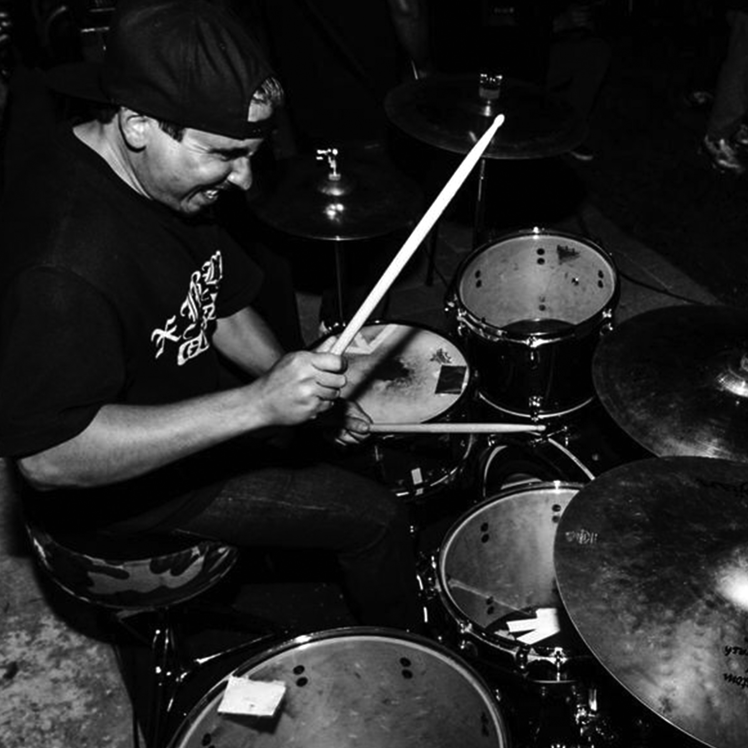 Sterling Fairfield   drums • percussion