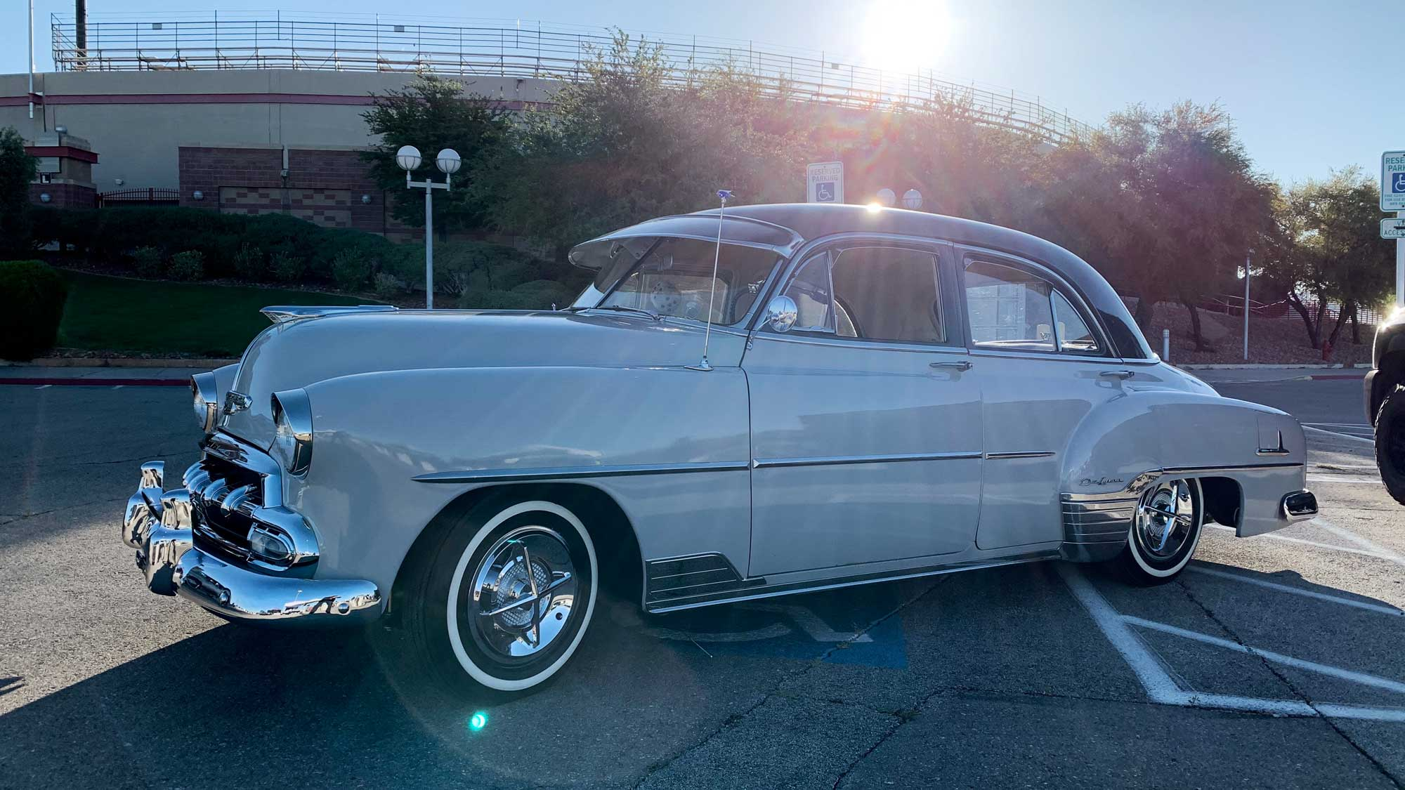 Robert & Jeannie's 1952 Chevy Styleline