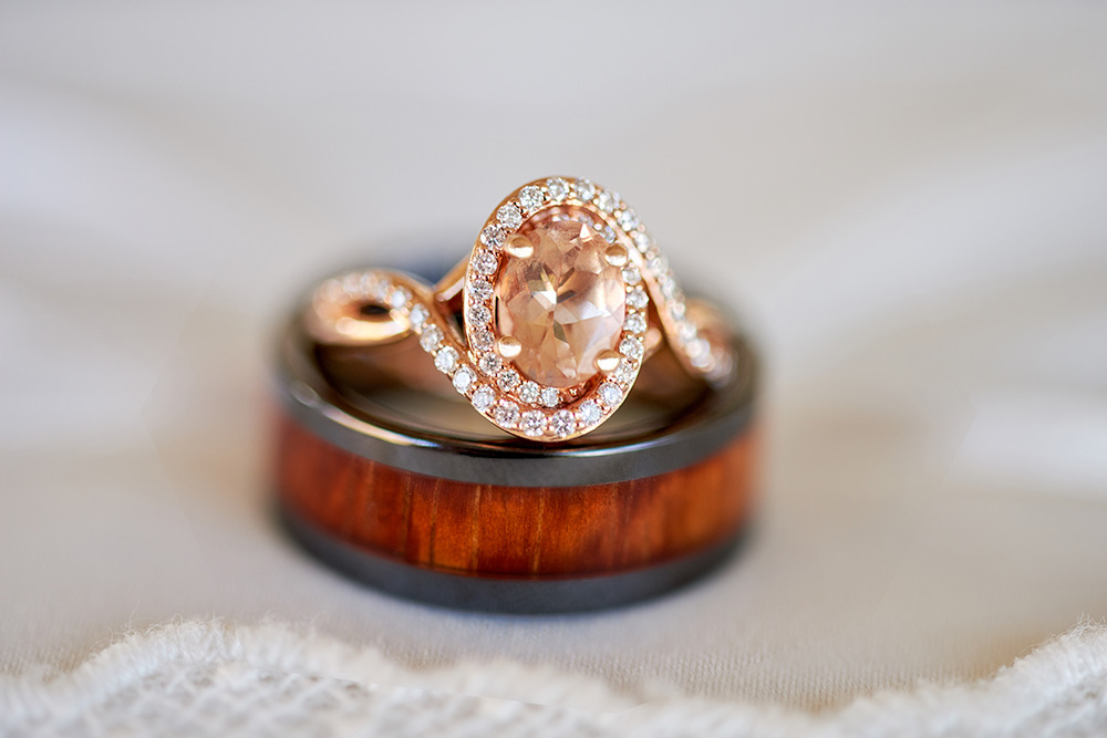©2017KrystalCraven-wedding-ring-macro-shot