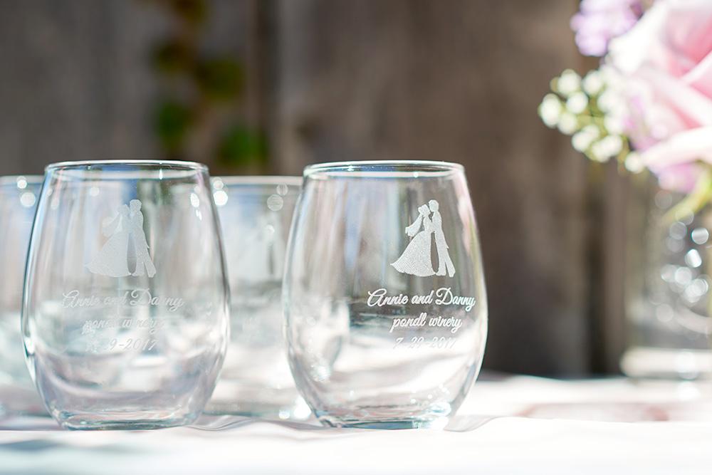 ©2017KrystalCraven-wedding-personalized-wine-glass