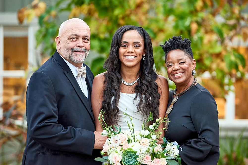 2017KrystalCraven-bride-with-parents