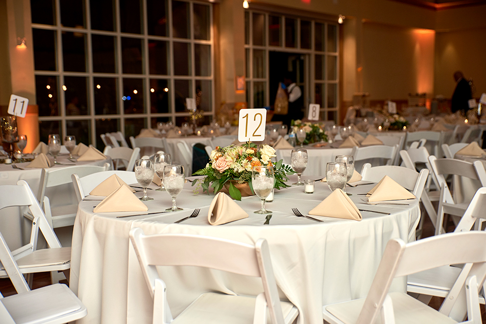 2017KrystalCraven-wedding-reception-tables