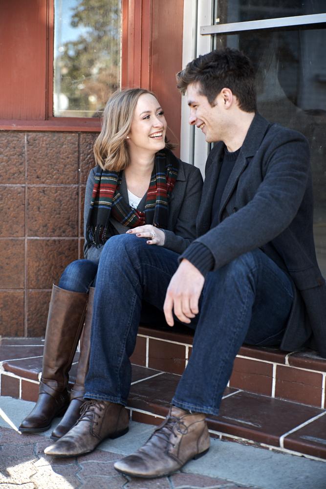 ©2017KrystalCraven-downtown-engagement-session-couple