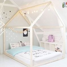 Kids Poster Bed