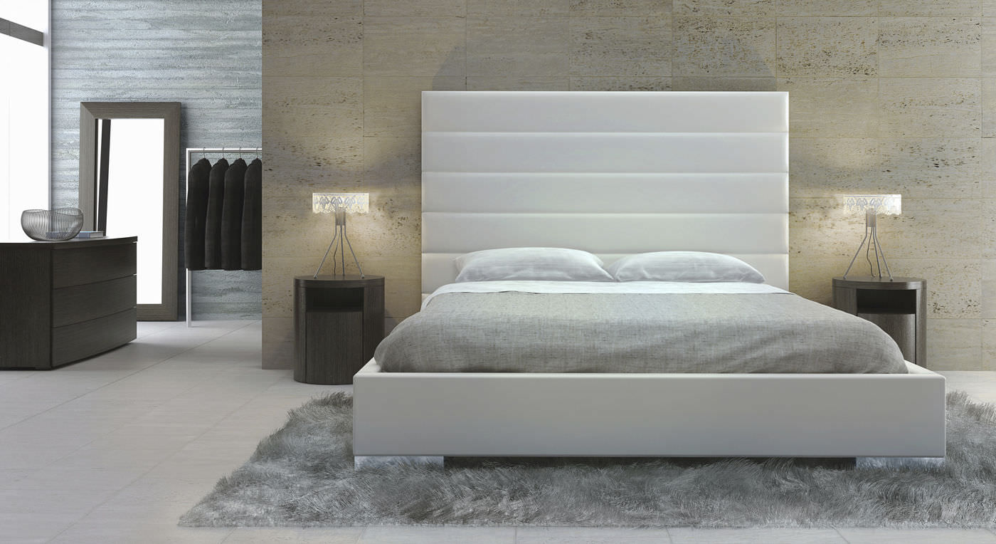 Roosevelt Bed with Headboard