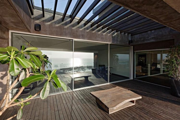 John Abraham home interiors (1).jpg