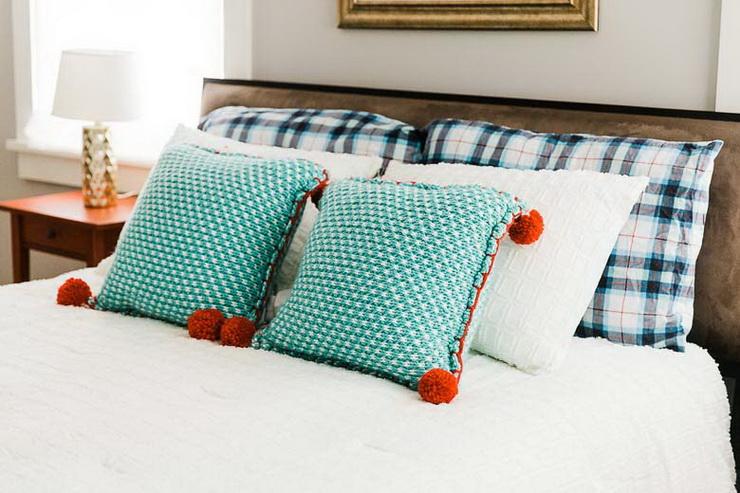 Guest Bedroom (6).jpg