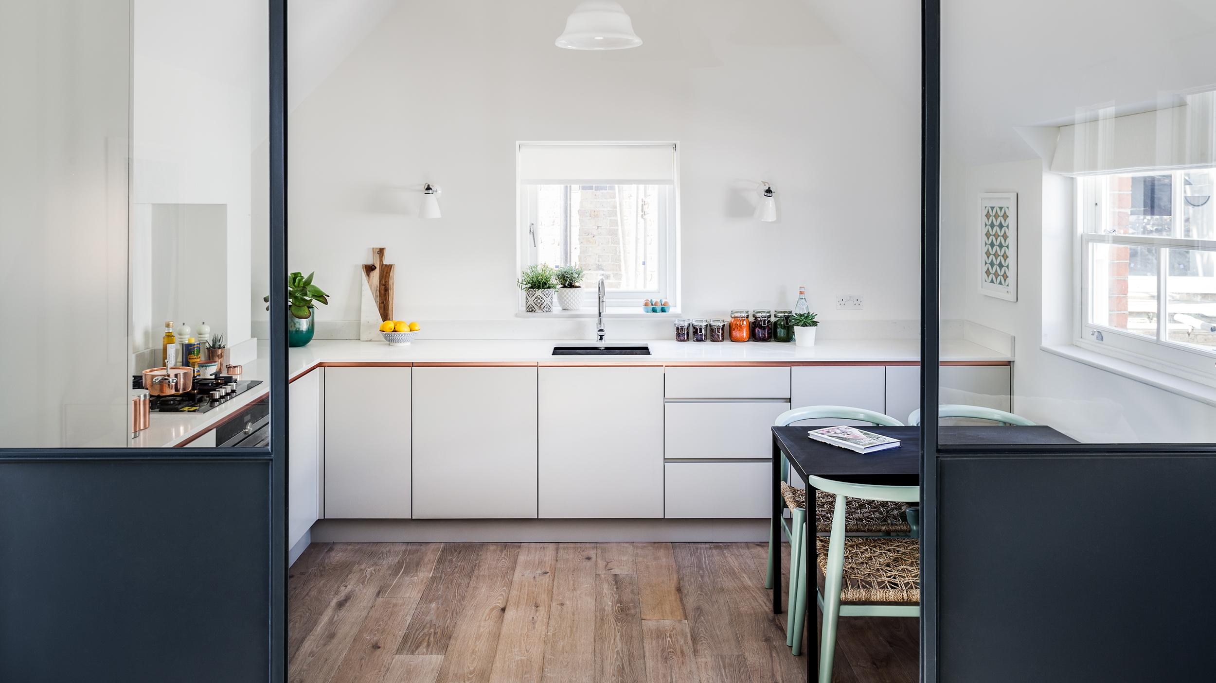 Lodge-Kitchen_100q.jpg
