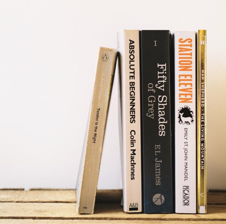 books-9101.jpg