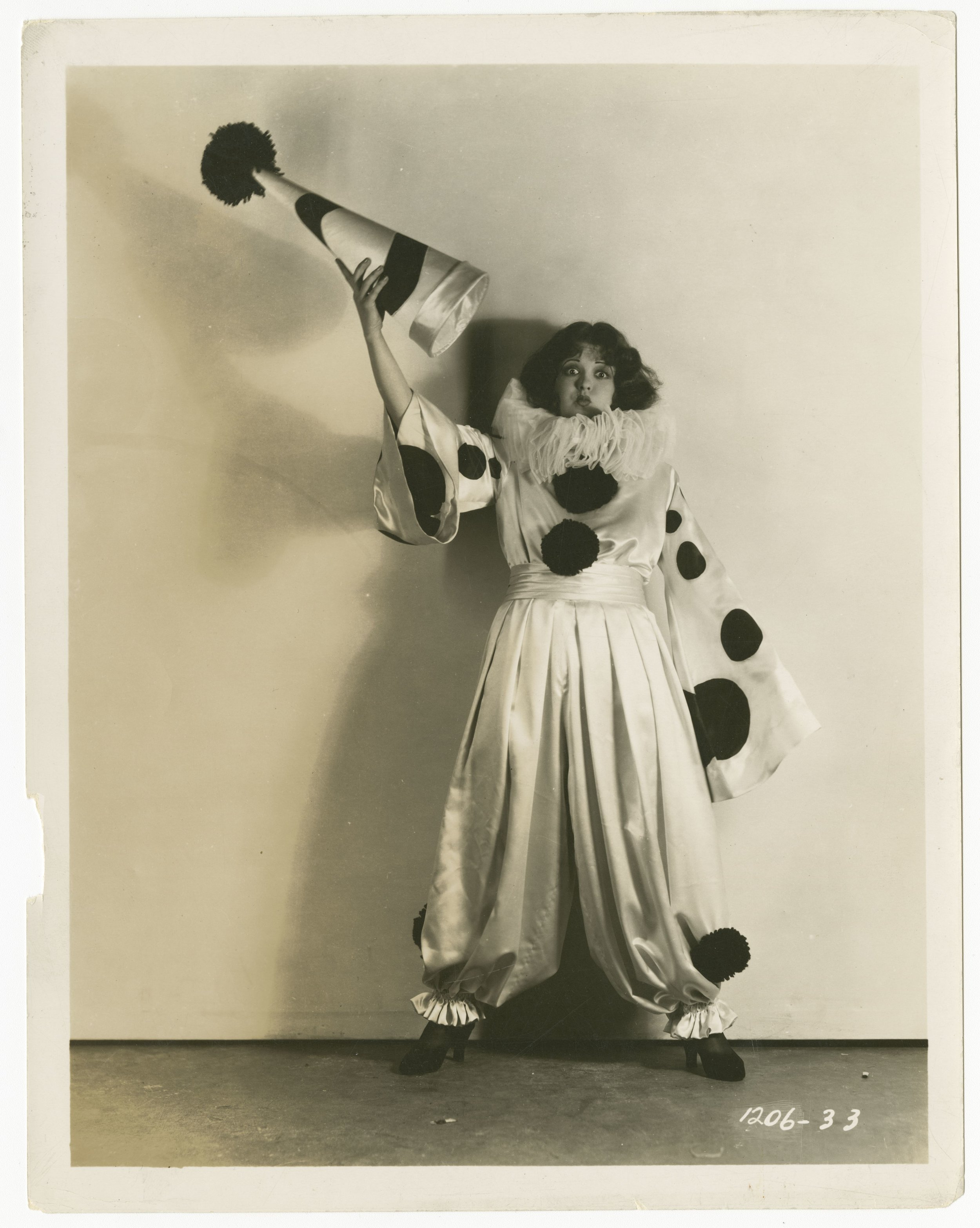 Clara Bow in Dangerous Curves 1929. Photo by George Hommel. Source: BFI National Archive