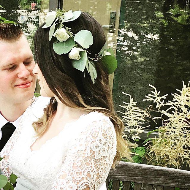 Flower Crown Bride 🖤 Congratulations my dear friend Angeline