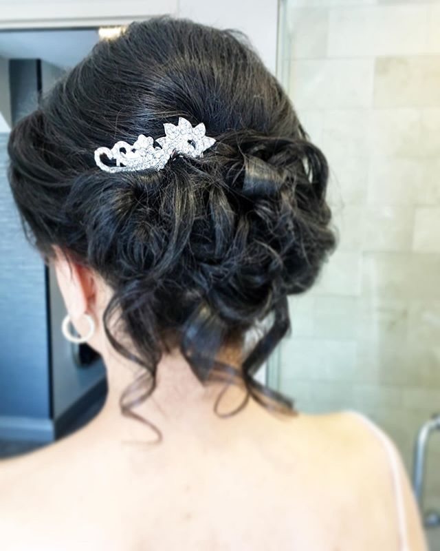 Stepping into the forever kind of love 🖤 NYC Ladies ~ have you considered a freelance hairstylist that specializes in bridal hair? Skip all the salon calls and contact me directly. More information is in my bio :) . . . #nycbrides #nycbride #newyorkbride #newyorkbrides #nycwedding #nycweddings #nycengagement #newyorkwedding #newyorkengagement #nycweddinghair #nycweddinghairstylist #nycbridalhair #nycupdo #nycupdospecialist #nycweddingphotographer #nycweddingphotography #bridesbyanastasia #manhattanwedding #manhattanweddingplanner #manhattanweddinghair #weddinghairnyc
