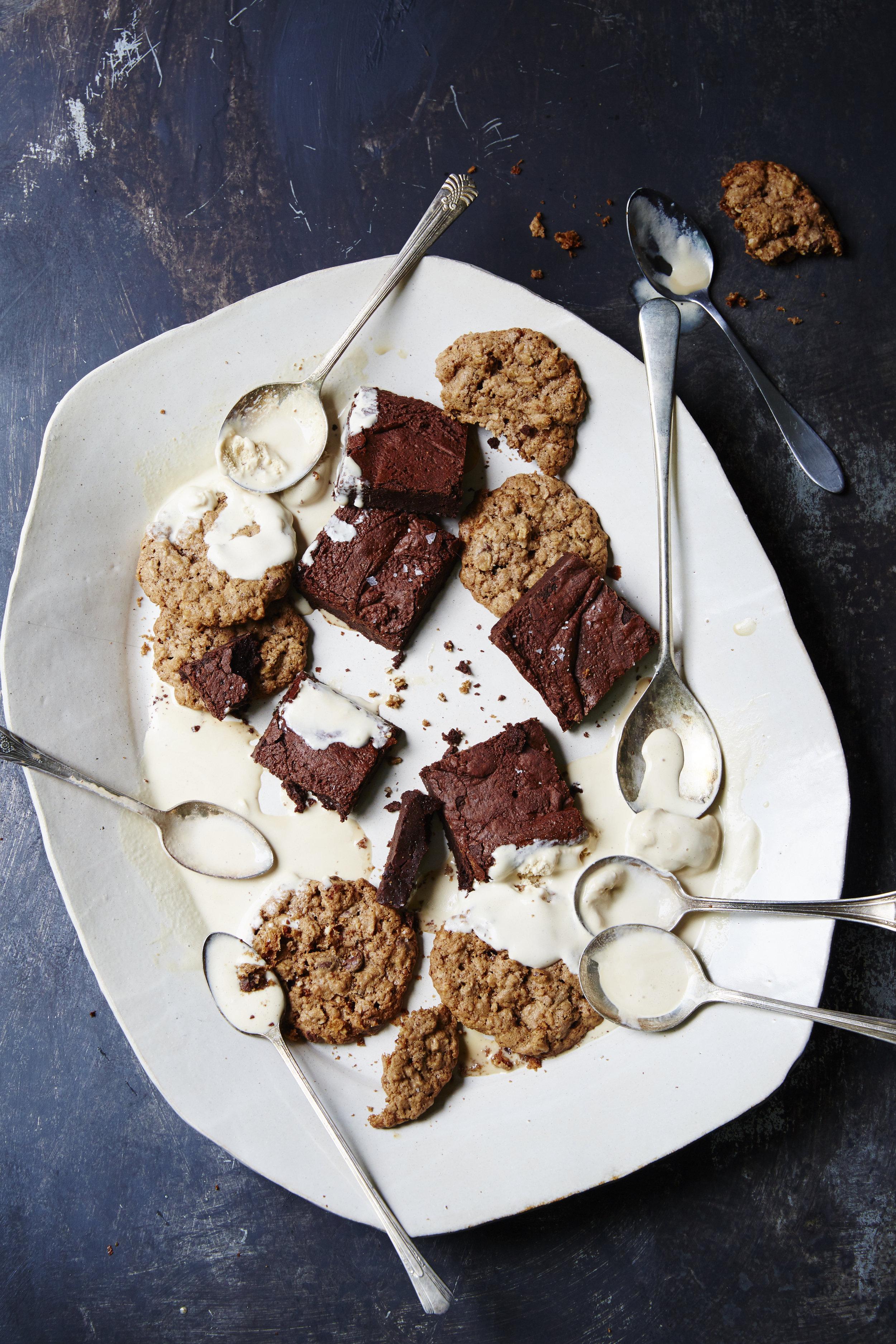130210_Desserts_Brownies_Cookies_24.jpg