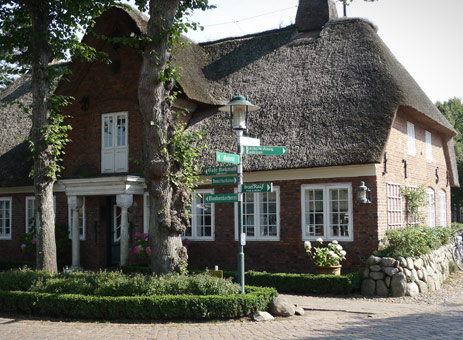 holiday-home-private-thatch