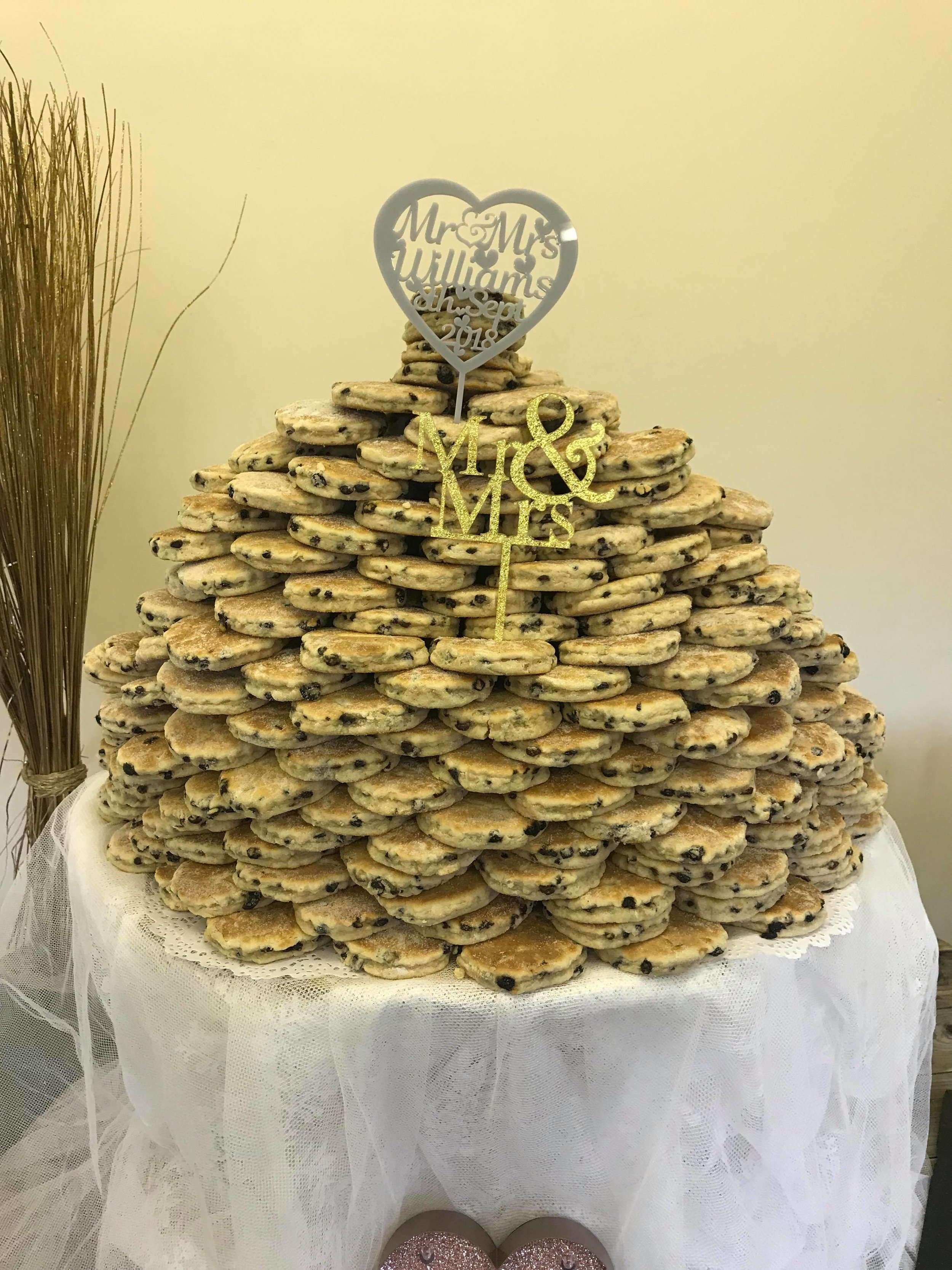 I just want to say a big thank you to all. This is what a 300 welsh cake wedding cake looks like and everyone loved it!