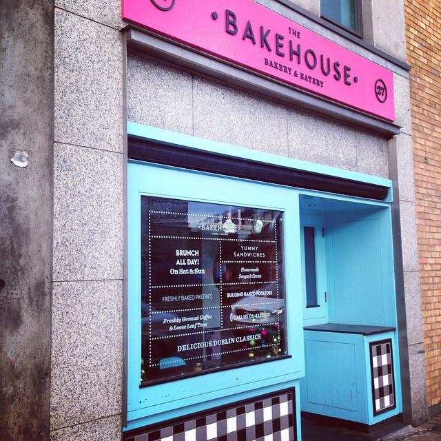 068b375150f4fd3a-dublin-bakehouse-cakes-branding.jpg