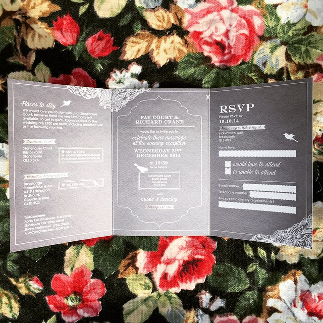 87f1642bbb1bcc72-elegant-silver-wedding-invitation-cotswolds-lace-the-ink-closet-vintage-rollfold.jpg