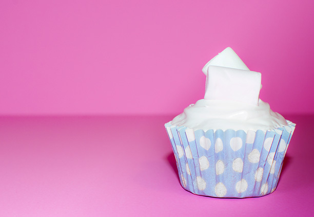 6ab0fa3b2c77302d-marshmallowpolkadotcupcakes.jpg