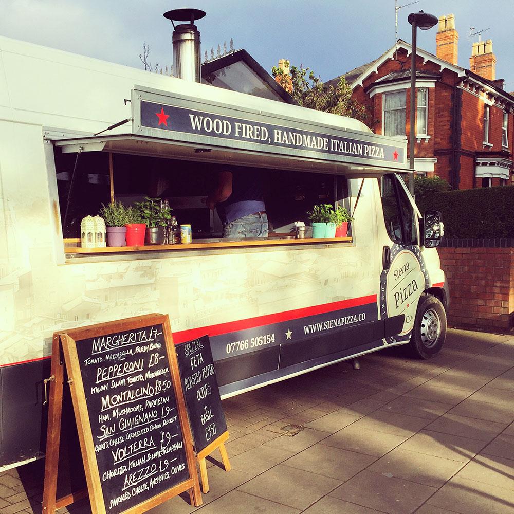 siena-pizza-dinner-trailer-cheltenham-market-chelteats-theinkcloset-blog.JPG