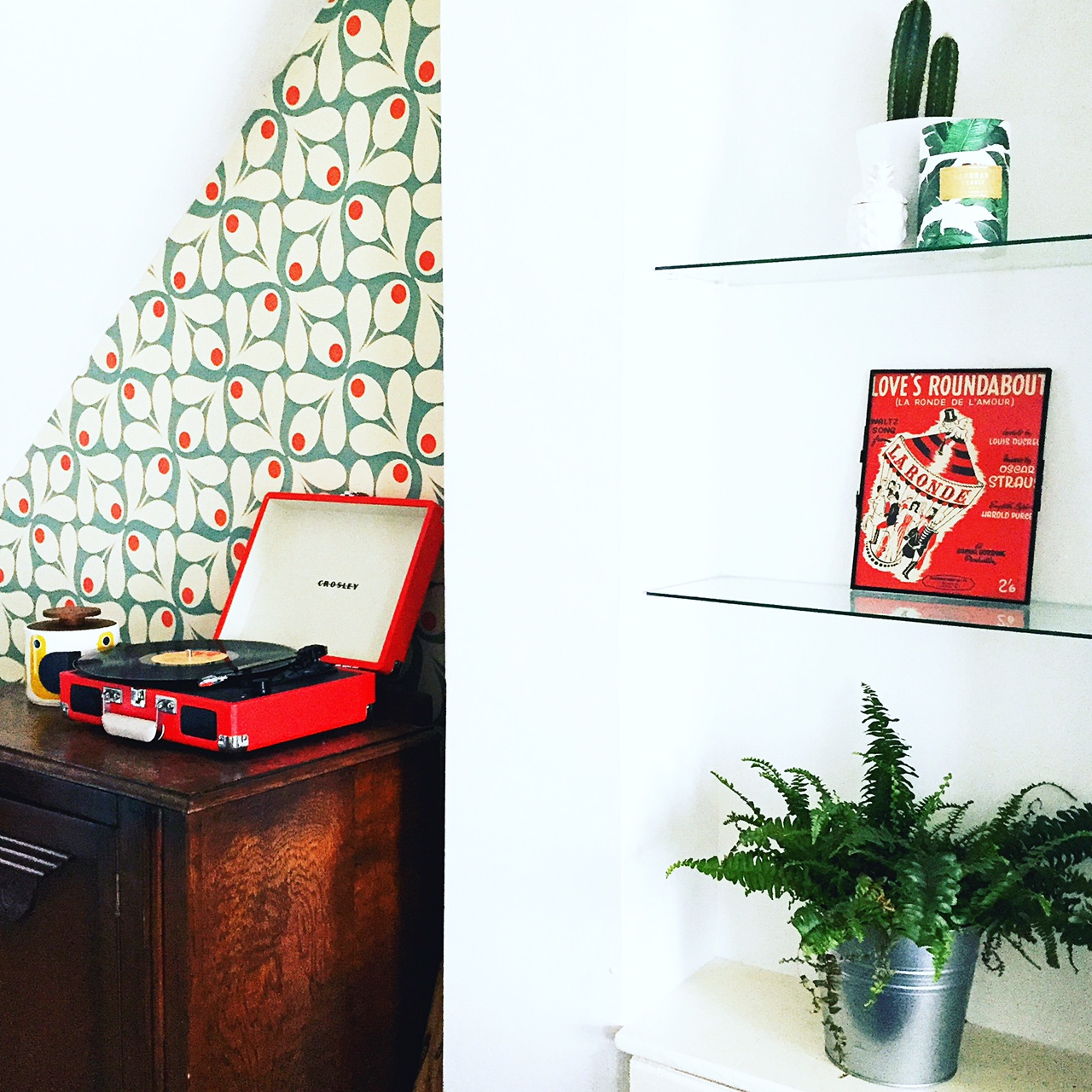 theinkcloset-blog-cheltenham-home-decor-crosley-red-songsheet-orla-kiely.JPG