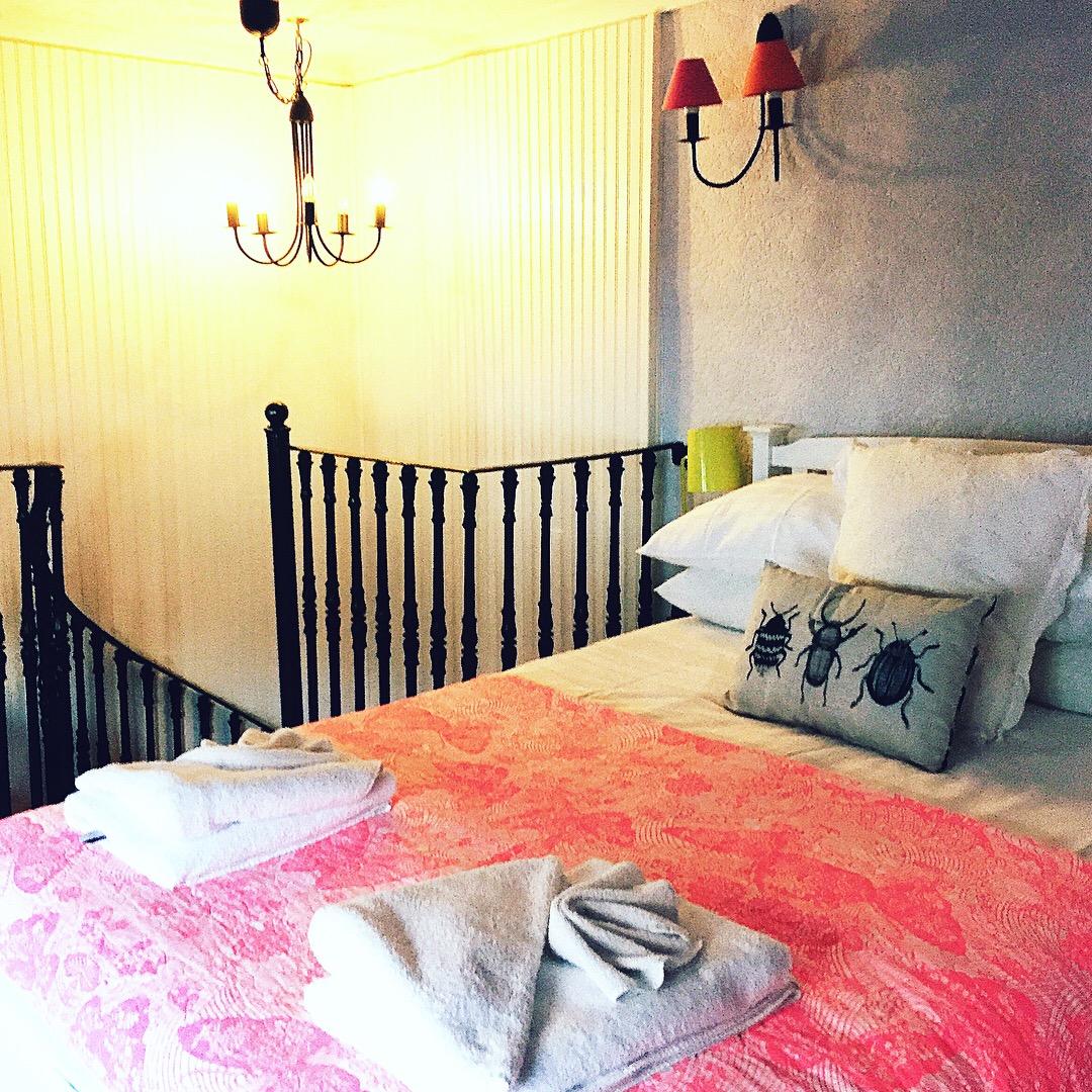 airbnb-blog-rye-travel-hotel-decor-sussex-theinkcloset.JPG