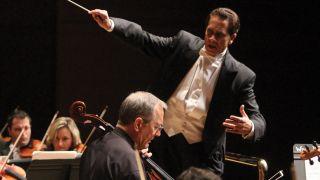 Lynn Philharmonia, Guillermo Figueroa, conductor