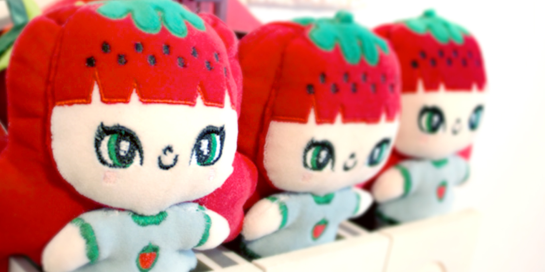 STRAWBERRY_STYLE_DOLL