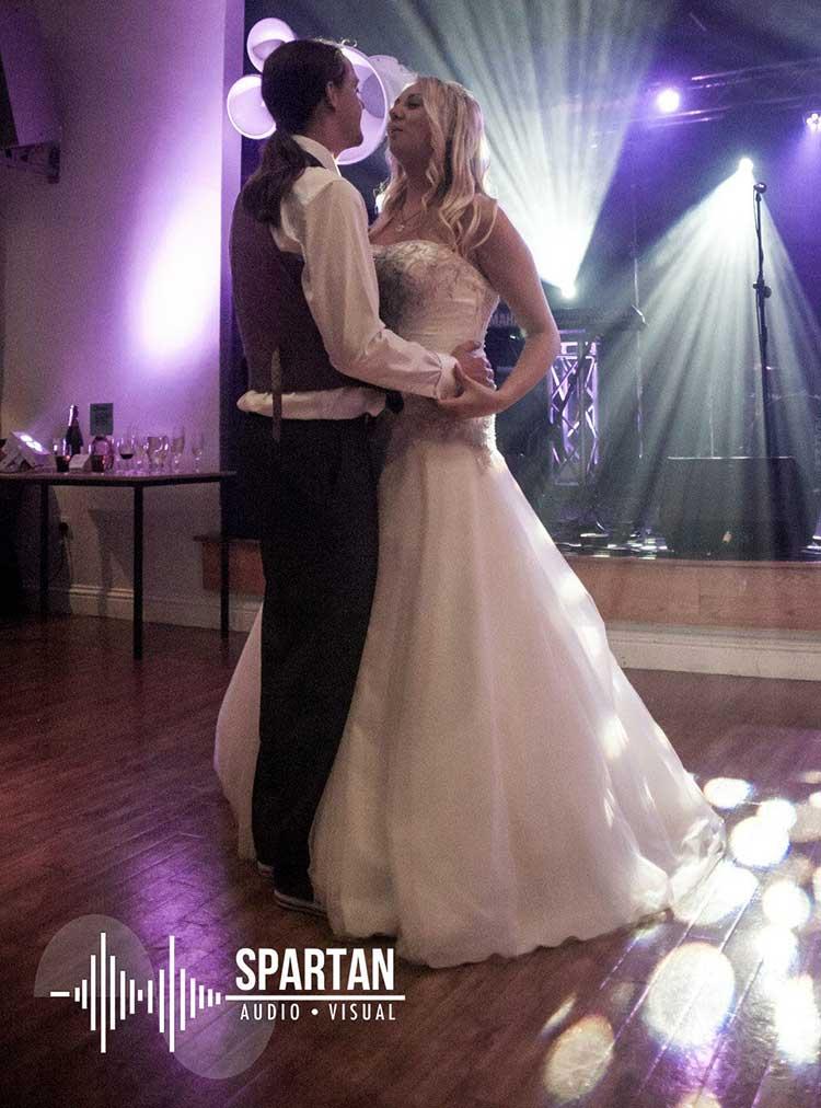Void Airmotion wedding first dance