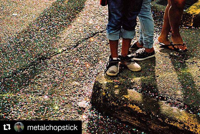 Happy Pride Month!! #Repost @metalchopstick (@get_repost) ・・・ Glitter. . #canona1 #canon #35mm #35mmfilm #kodak #kodakportra400 #portra400 #filmphotography #analogshooters #photooftheday #instagood #costarica #limoncostarica #puravida #streetvision #chelseaphotographic 🎞 @chelseaphotographic