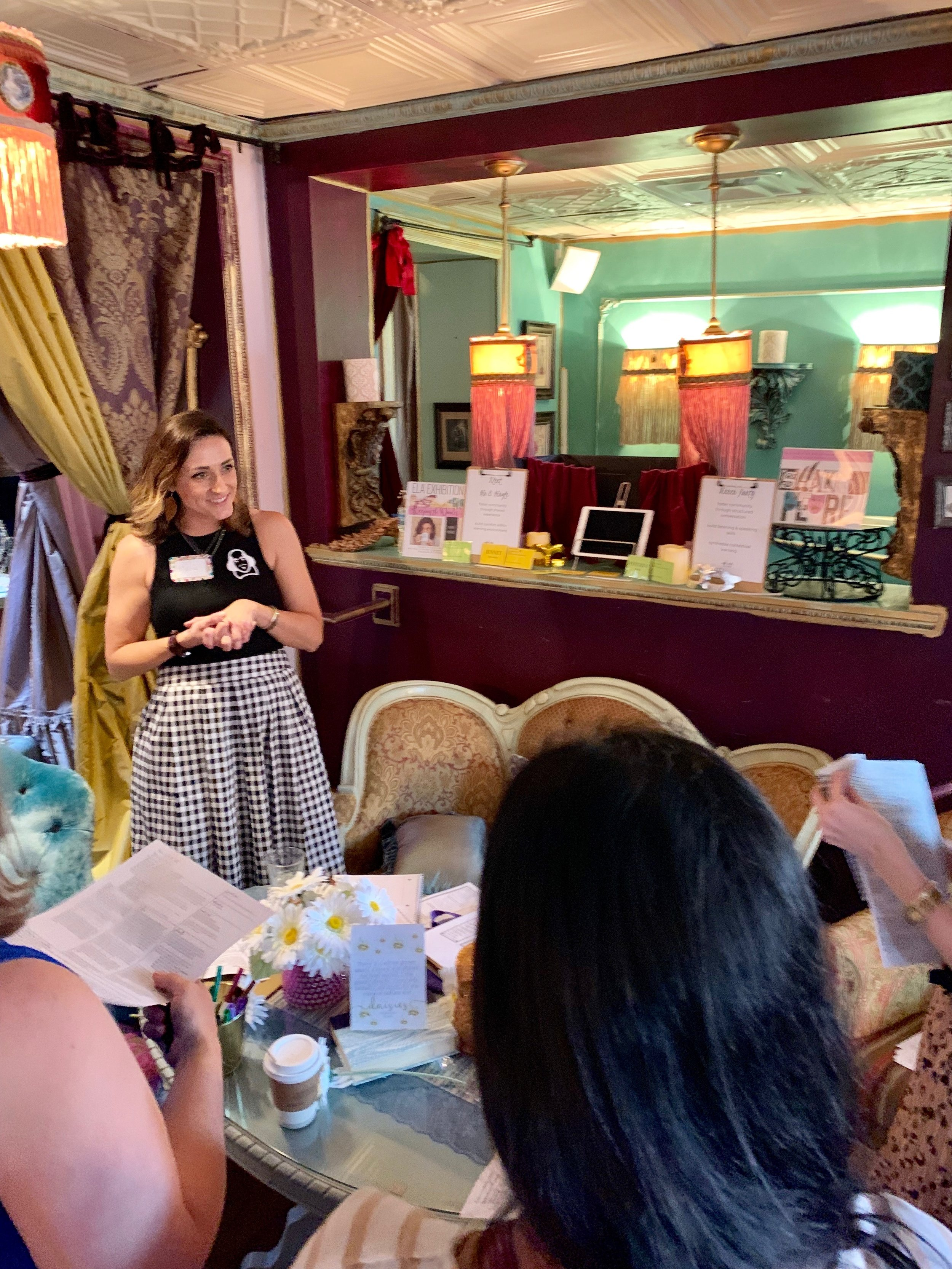 Marie Morris  (AKA  The Caffeinated Class ) presents on bringing theater into the ELA classroom. Photo Credit: Angelyne Collins