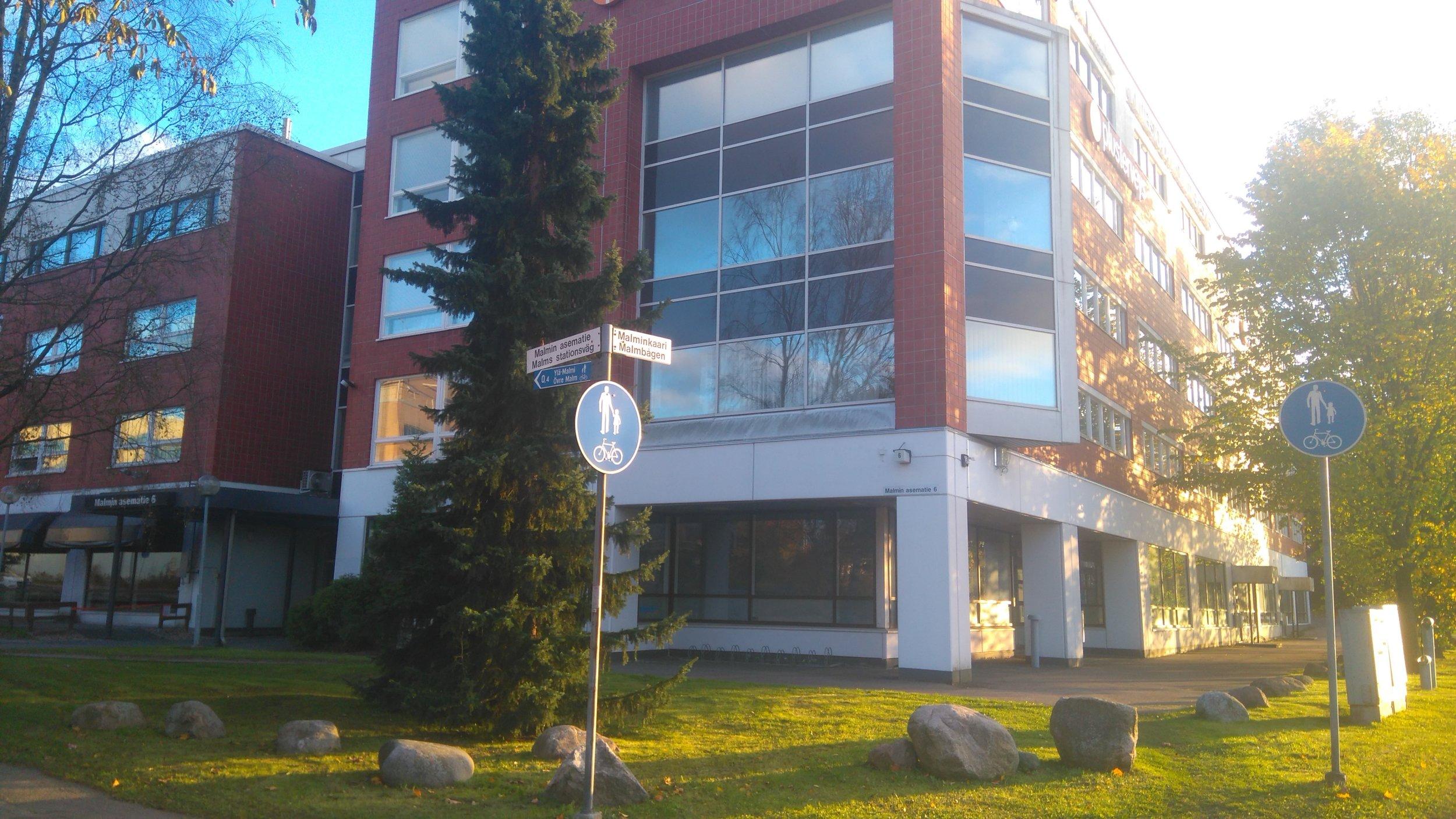 Malmin Asematie 6.JPG