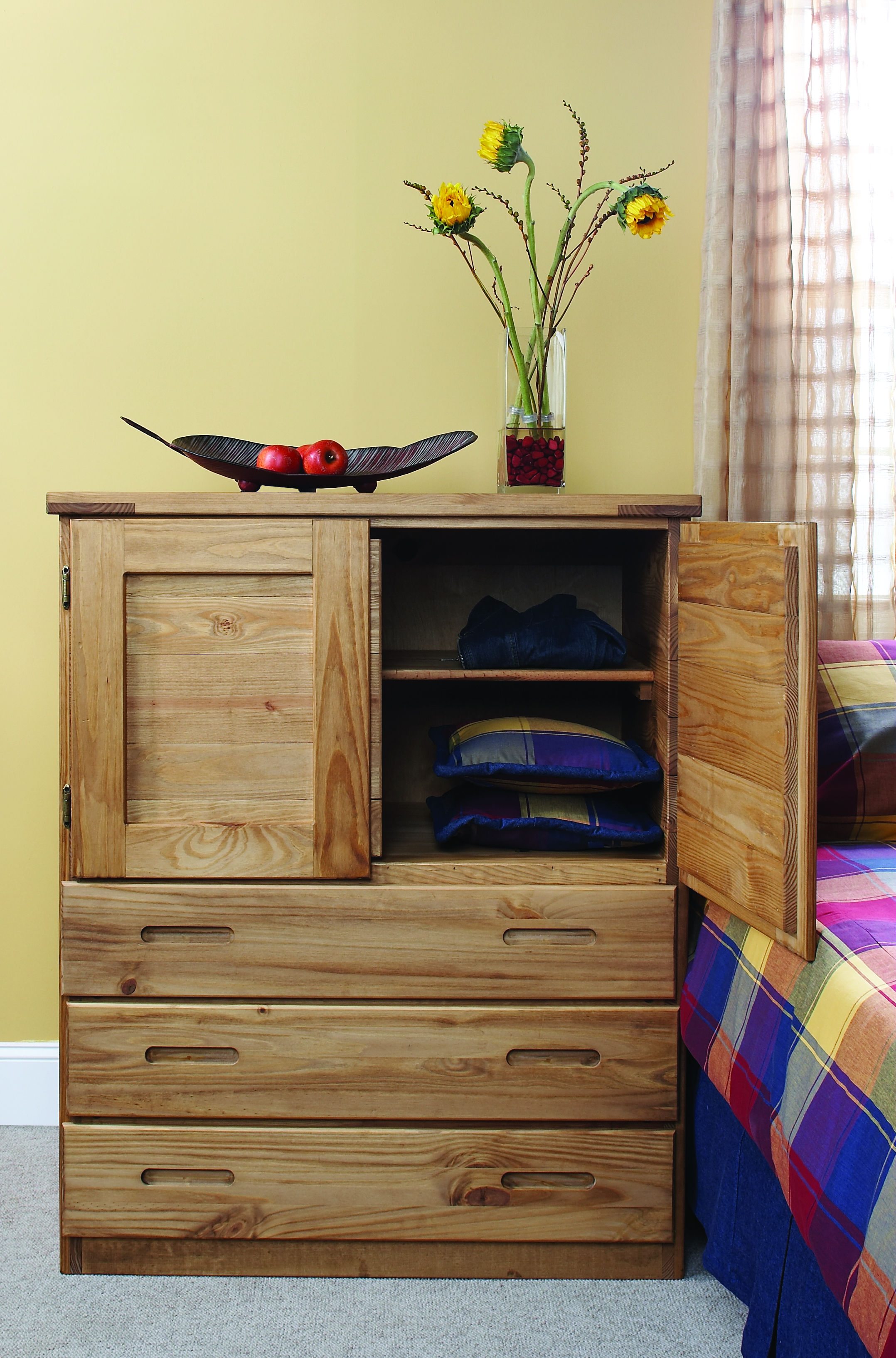 BACHELORS CHEST WITH NATURAL FINISH, Contract price $718