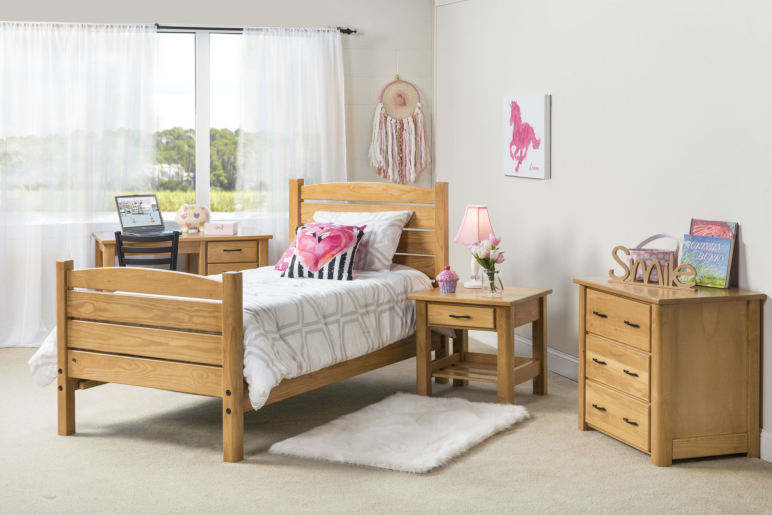 Woods end twin bed in honey pine