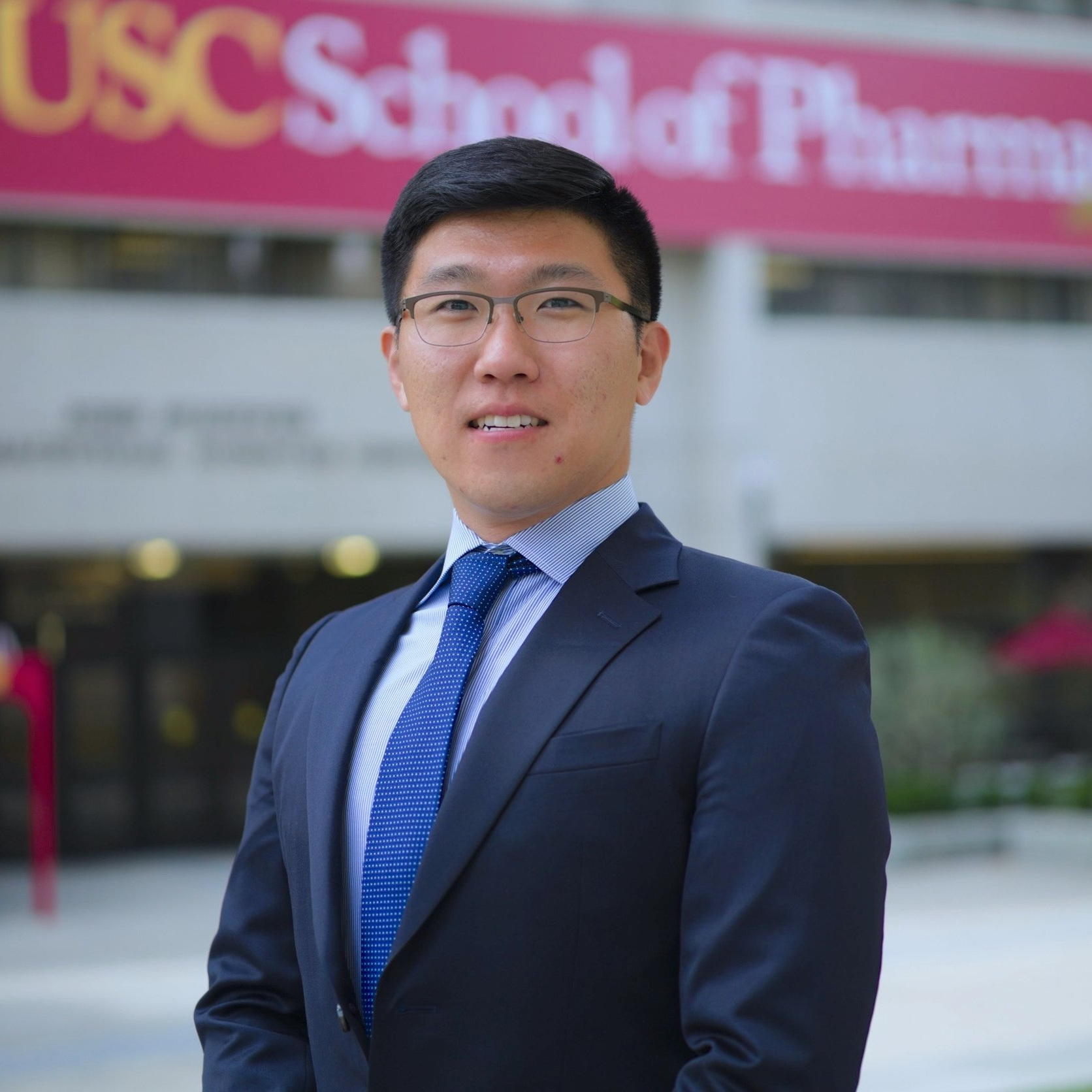 Minchang Choi is a first year Ph.D Student at the USC School of Pharmacy. He completed his Doctor of Pharmacy degree at Ernest Mario School of Pharmacy Rutgers University, the State University of New Jersey. Minchang is currently co-mentored by Dr. Andrew MacKay and Dr. Sarah Hamm-Alvarez and he is working on identifying potential therapeutic and diagnostic targets for Sjögren's syndrome.