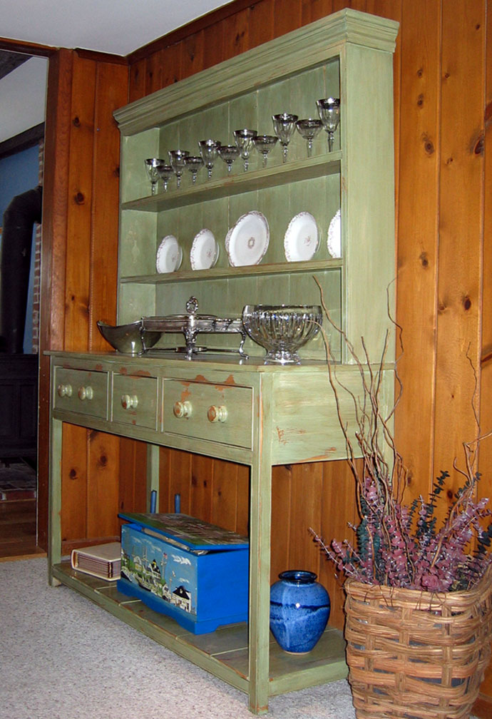 country-hutch-before.jpg