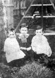 Louise, John, and Agnes Watson, c.1887