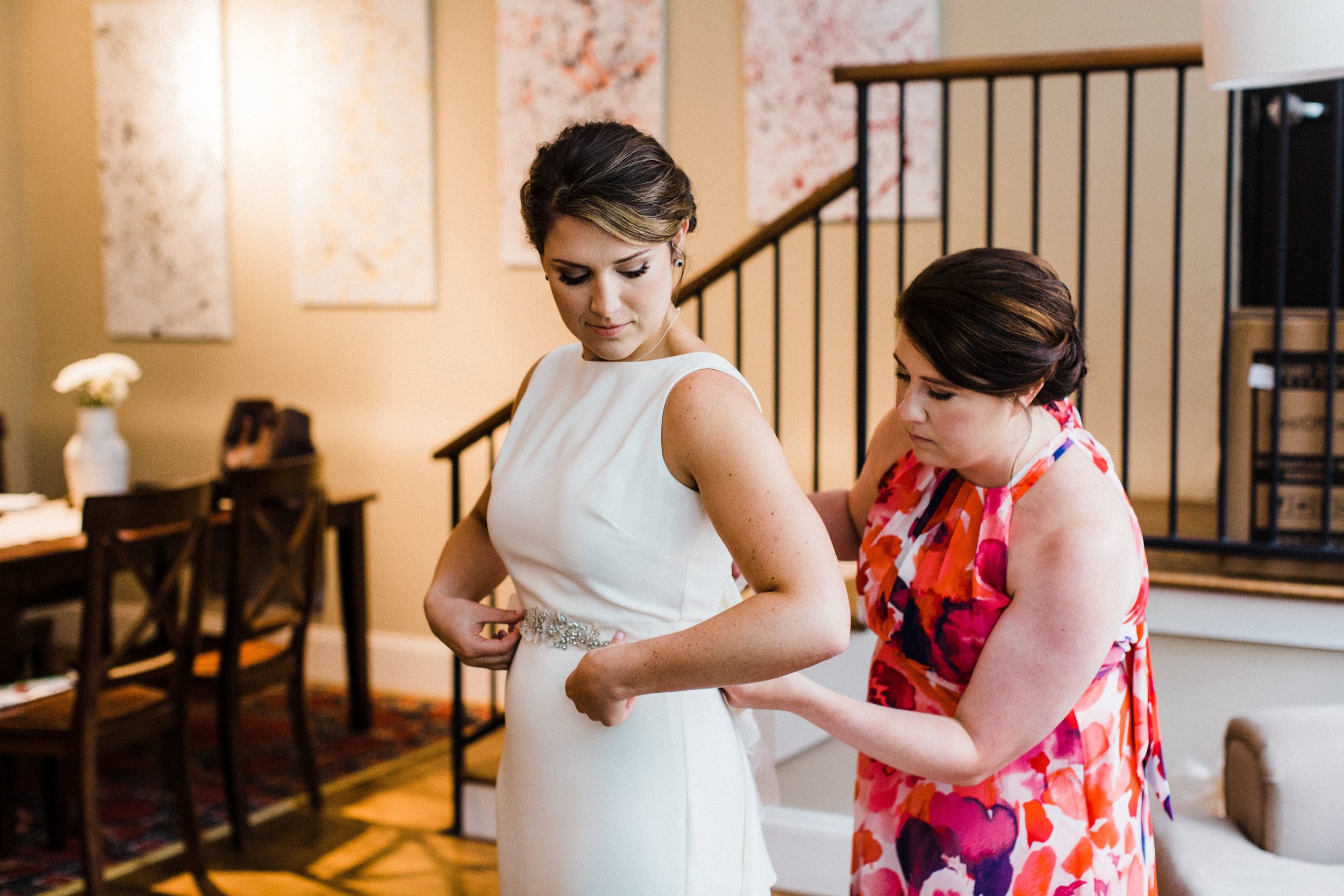 Stephen and Michelle-Getting Ready-0021.jpg