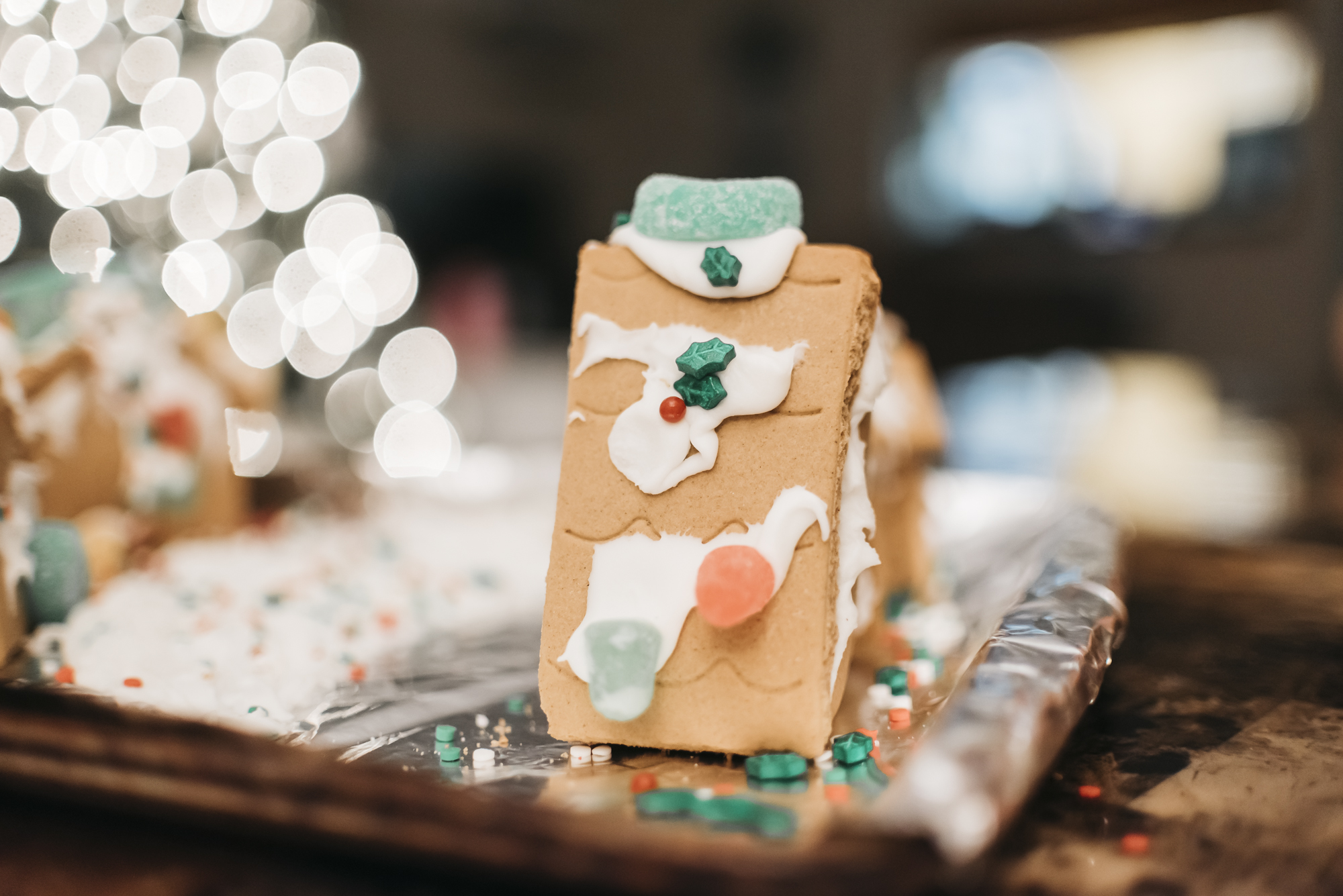 samanthawhitford.com gingerbread village christmas 2018 (14).jpg