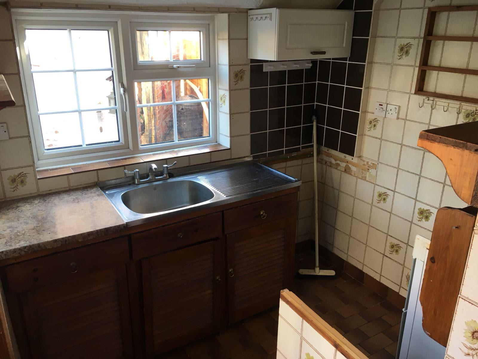 pauls kitchen.jpg