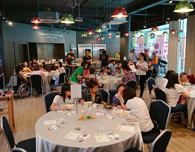 Proud to have organised the first dysphagia restaurant event in Singapore. Thank you to Health Food Matters and Cookyn-Inc for making this happen!