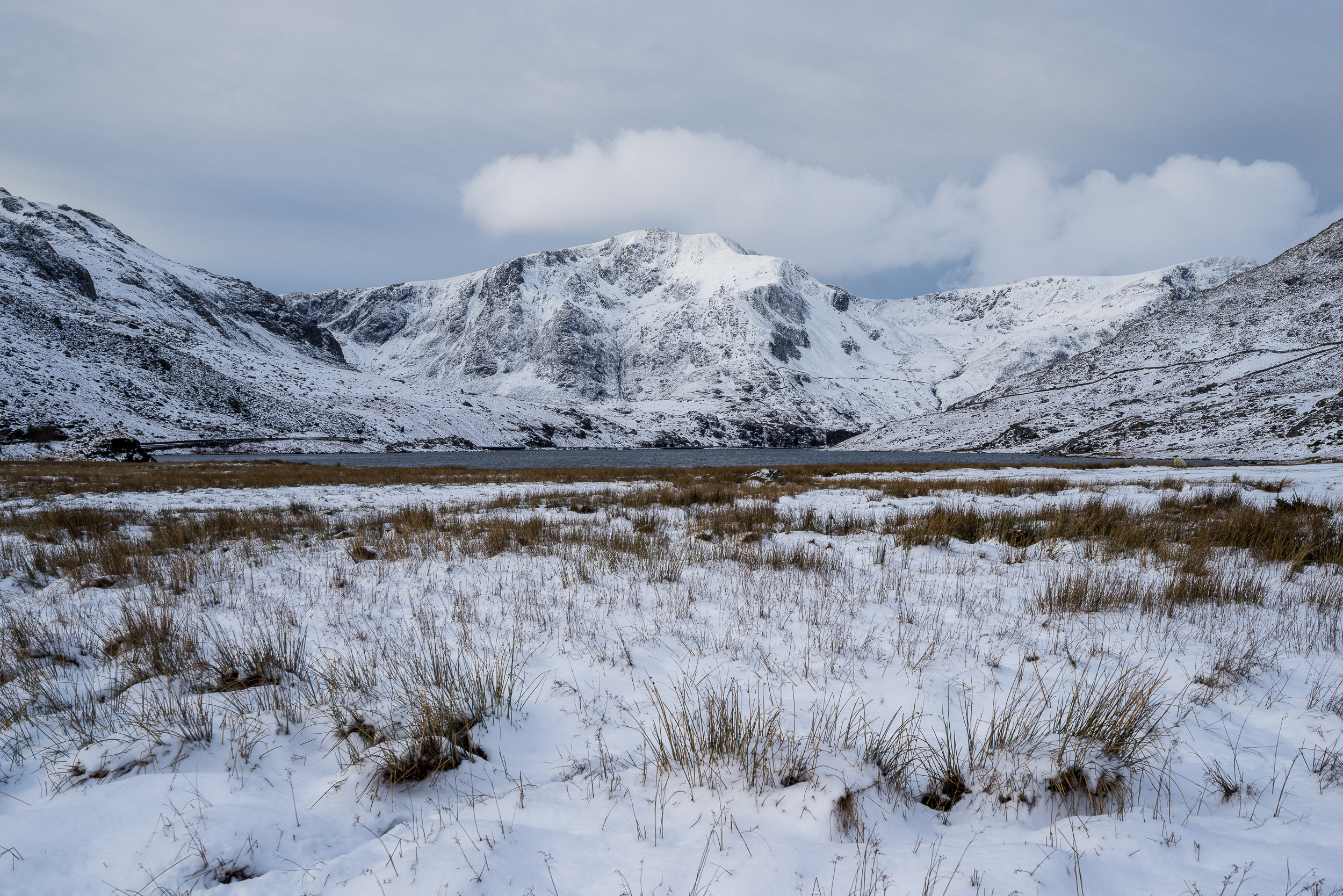ogwen mountain snow (1 of 1).jpg