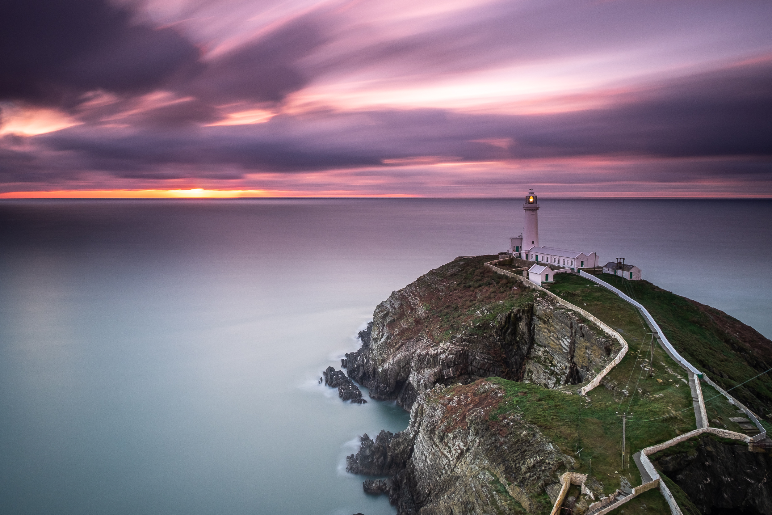 south stack lighthouse (1 of 1).jpg