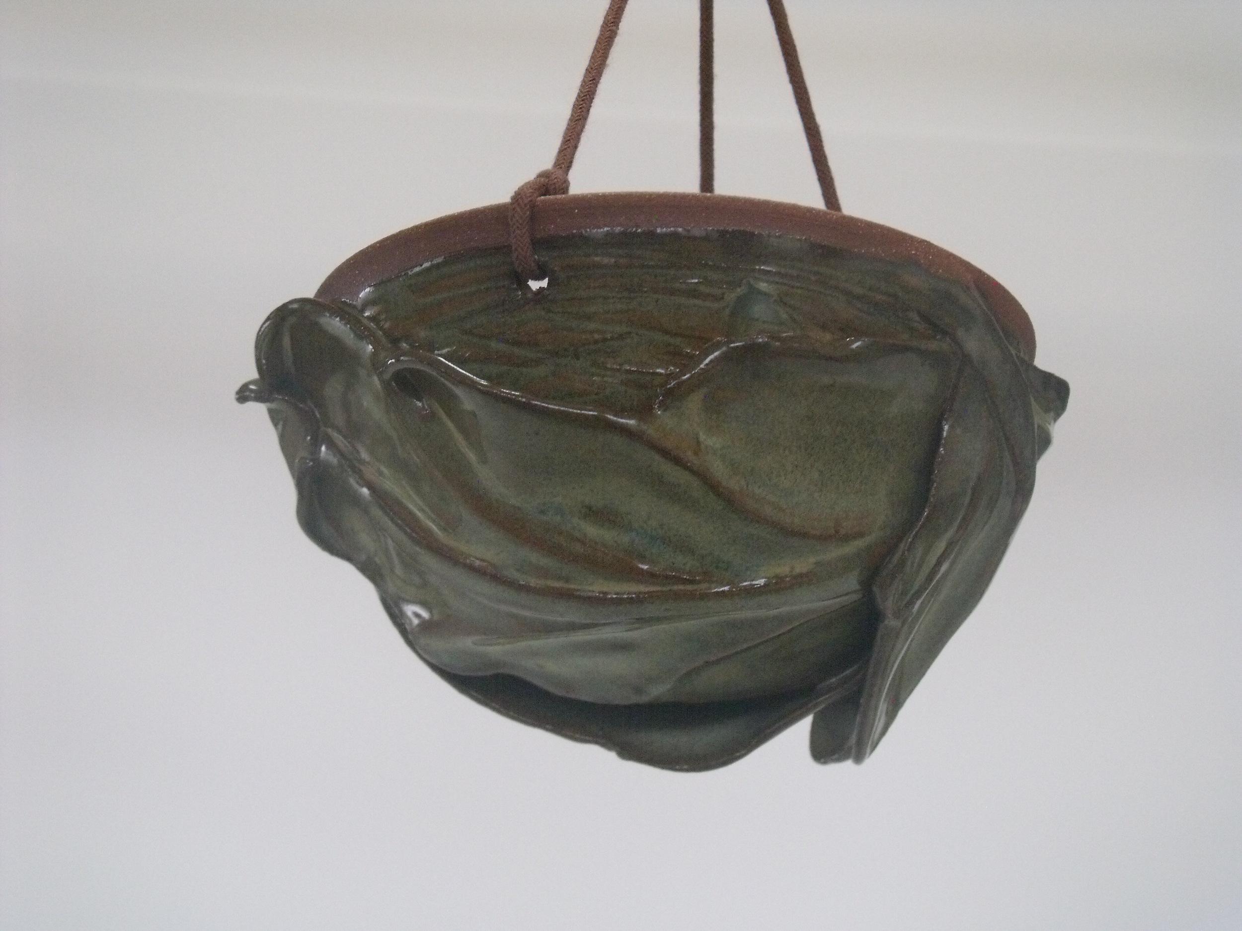 KMBK8 Hanging Nest Pot