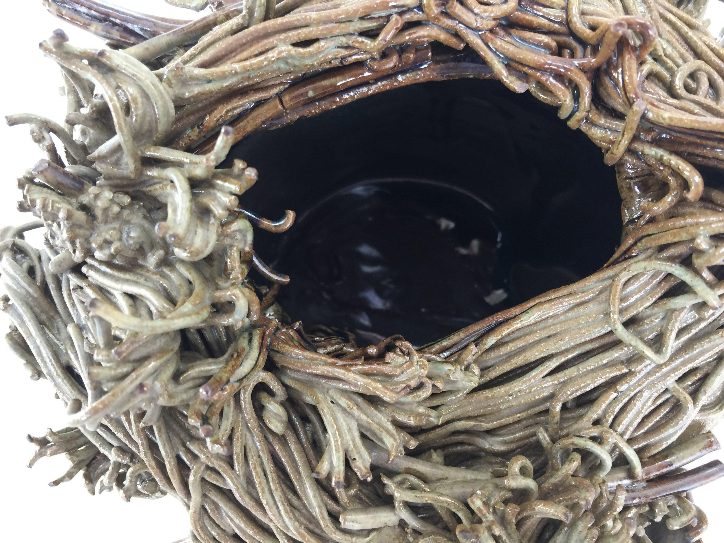 KMBK8 Nest Pot
