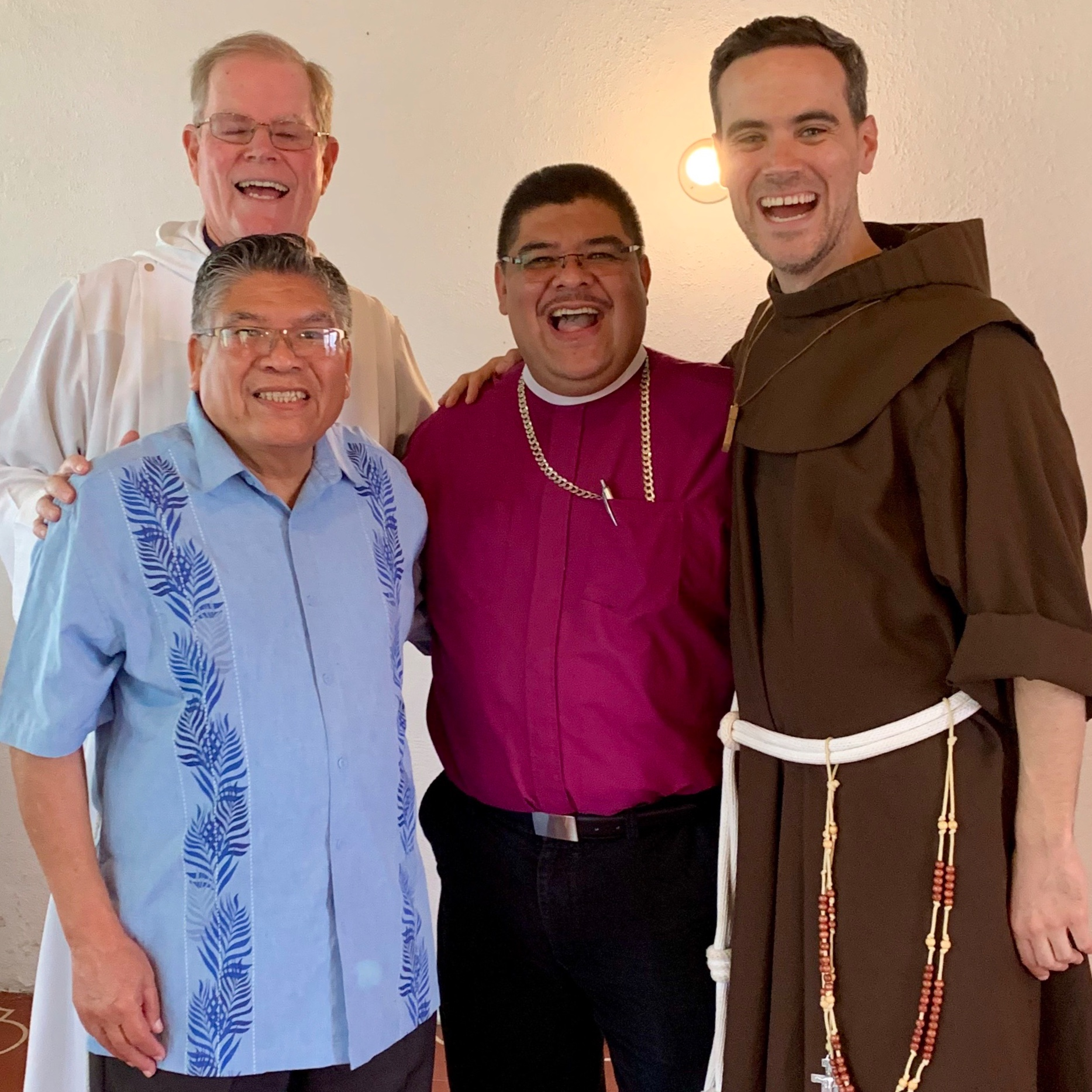 During the Episcopal Visitation to St. Albans Episcopal Church in Antigua, Guatemala.  Left to right, Fr. John Smith, Vicar of St Albans Episcopal Church; Bishop Sylvestre Romero, ret. Bishop of Belize and former Assisting Bishop of New Jersey, to Bishop George Councell; Bishop Silvestre Romero, Bishop of Guatemala (and son of Bishop Sylvestre Romero).