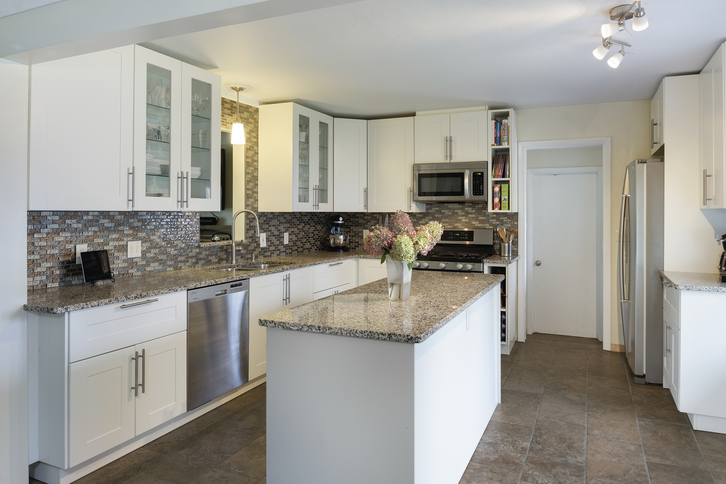 Example of a kitchen we built in NE Minneapolis in 2016/2017. For more examples of our work click  here .