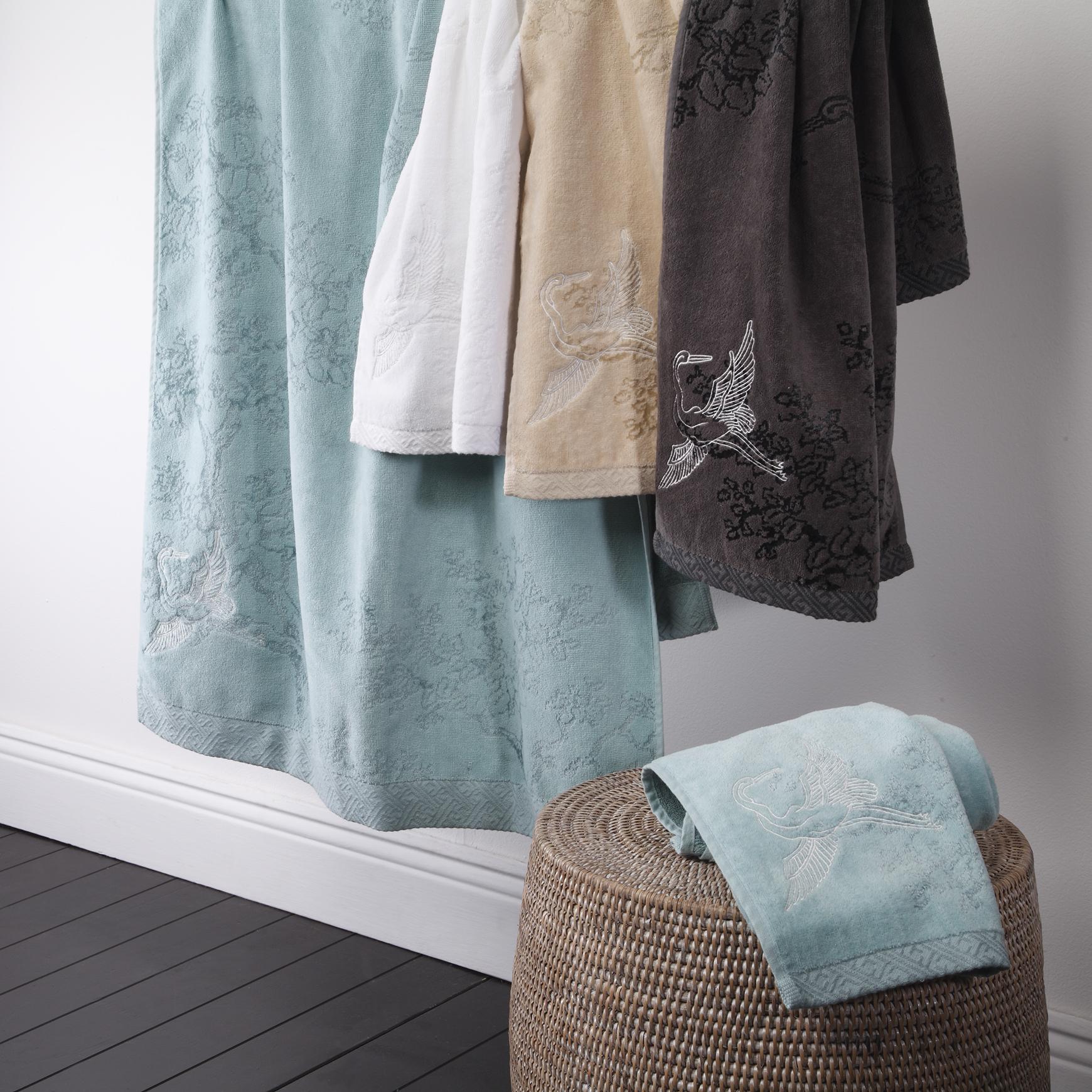Cranes Towels02.jpg