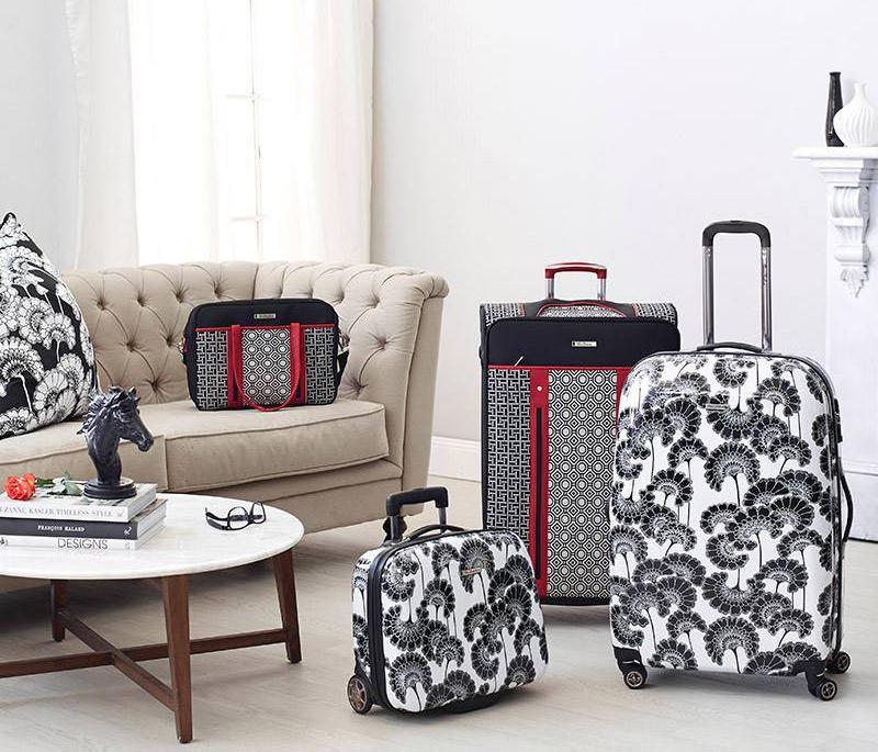 Florence-Broadhurst-Suitcase_2.jpg