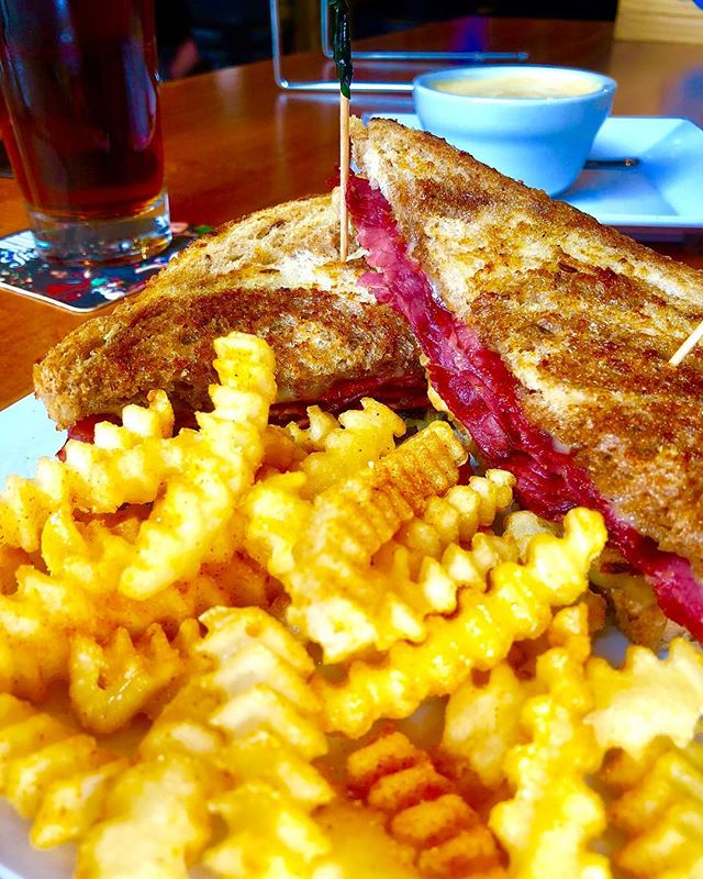 """Can you help a sandwich out please? ... This is a classic Rueben sandwich. It doesn't really ask much out of life. It just wants to be loved. It wants to make its way into your belly because that's all it really knows how to do. It can't wait to get there. Let's do it all a solid and help it get into your belly. .  For every Rueben eaten today, we will donate $1 to the """"Help a Rueben Get Into Your Belly"""" relief fund... Because we care. . . . . #omahafoodie #omahafood #omahawings #omahabeer #omahane #omaha #omahanebraska #nebraska #nebraskagram #nebraskalove #omahalove #omahawings #omahasquad #omahaboys #cornhuskers #nebraskalife #huskers #nebraskanice #nebraskahuskers"""