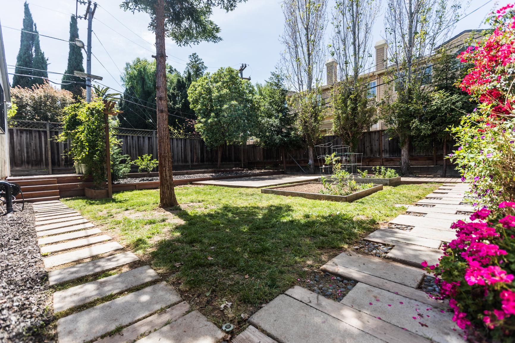 Branham_Ln-San_Jose-Small-1025.jpg